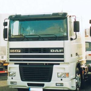 Sluneční clona DAF XF 95/105/106 Comfort Cab / kat.č. 5066A - pouze akrylová čast